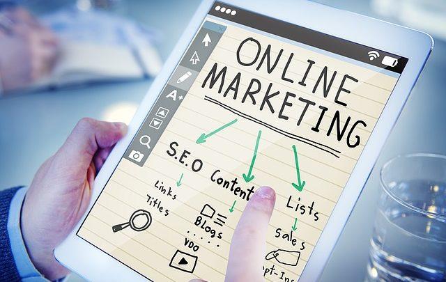 Créer une stratégie marketing en deux mots